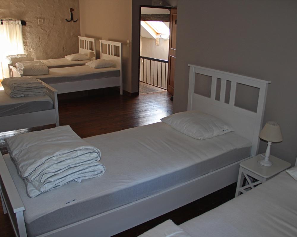 Le Moulin des Jardins d''Annevoie - chambre à coucher au dernier étage