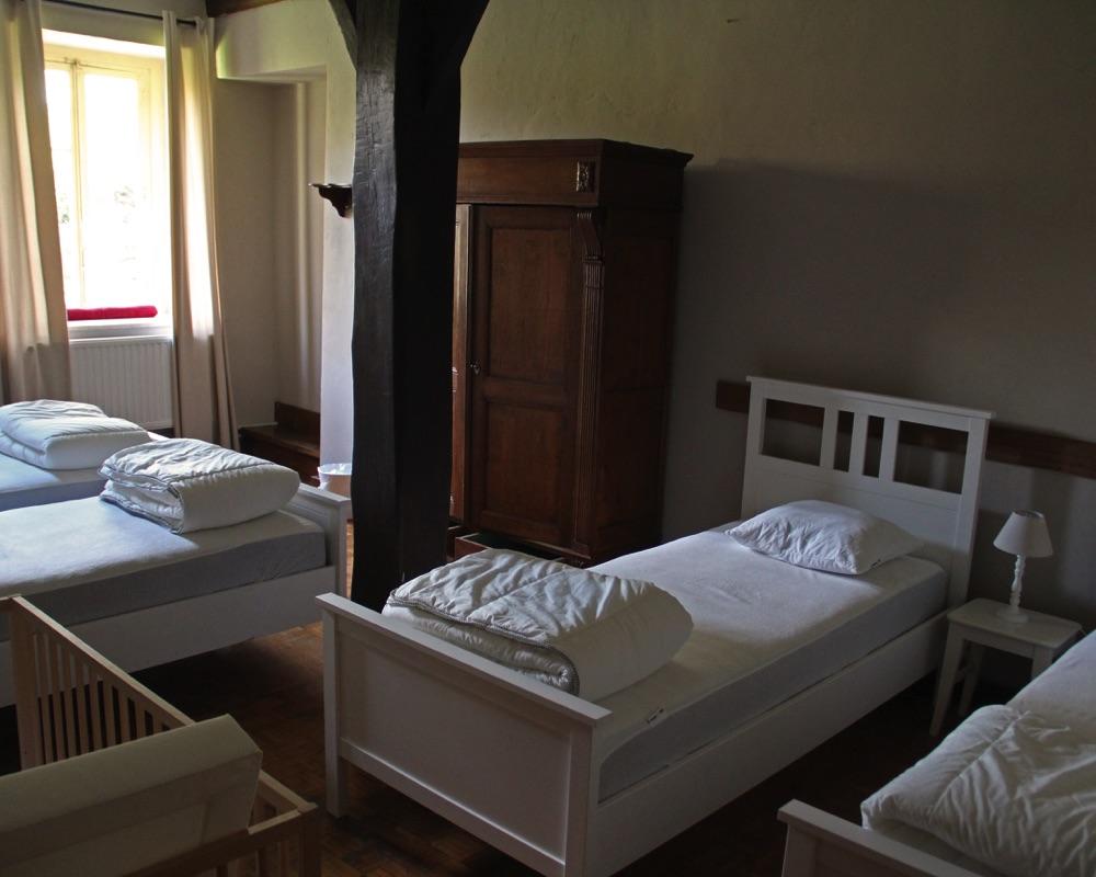 Le Moulin des Jardins d''Annevoie - chambre à coucher 4 lits
